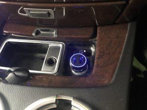 BMW 750i シガーソケットACC化